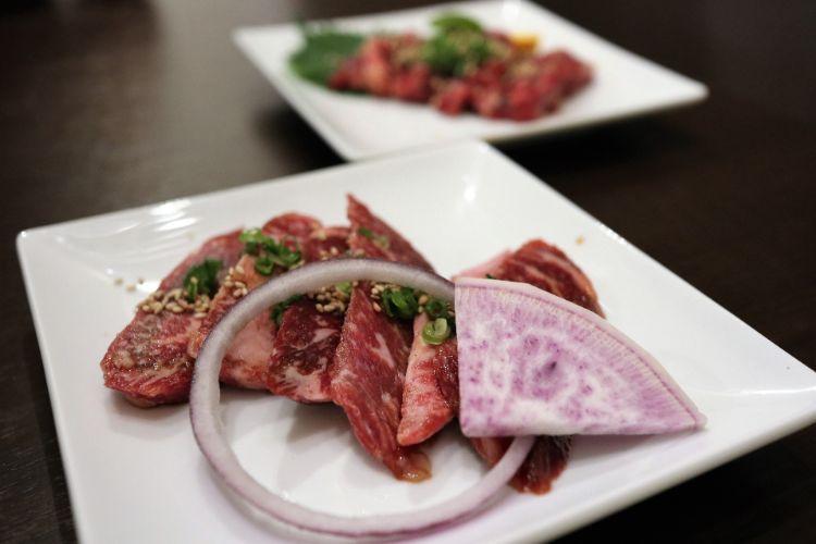 焼肉ロジー カルビと牛テール2