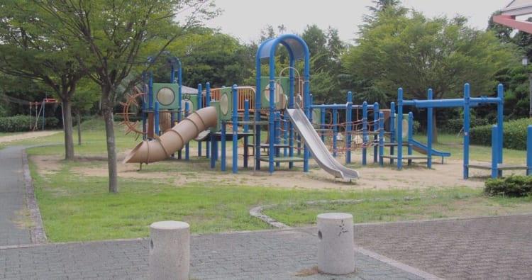 やまじ風公園遊具3