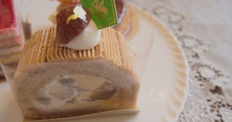 スイス菓子アルム黒糖和栗モンブラン2