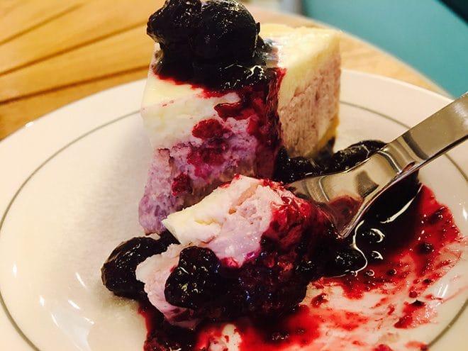 ナカムラコーヒー 森のともだち農園産ブルーベリー使用/手作りチーズケーキ