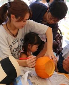 ハロウィンかぼちゃカービング体験