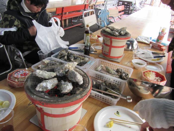 牡蠣食べ放題の様子