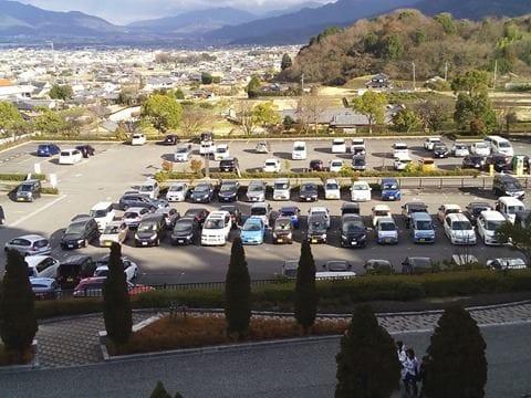 松山側駐車場遠景