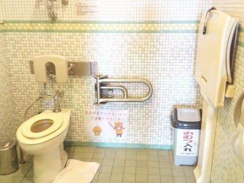 こどものしろトイレ