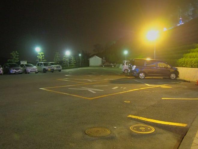 タオル美術館駐車場1