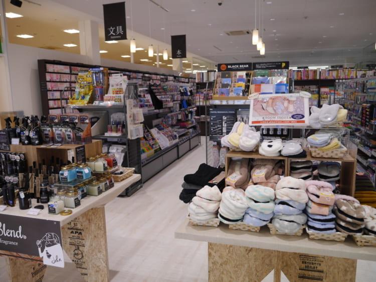TSUTAYA新居浜店_文具雑貨