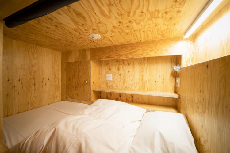 今治喜助の宿_ カプセルホテル個室2