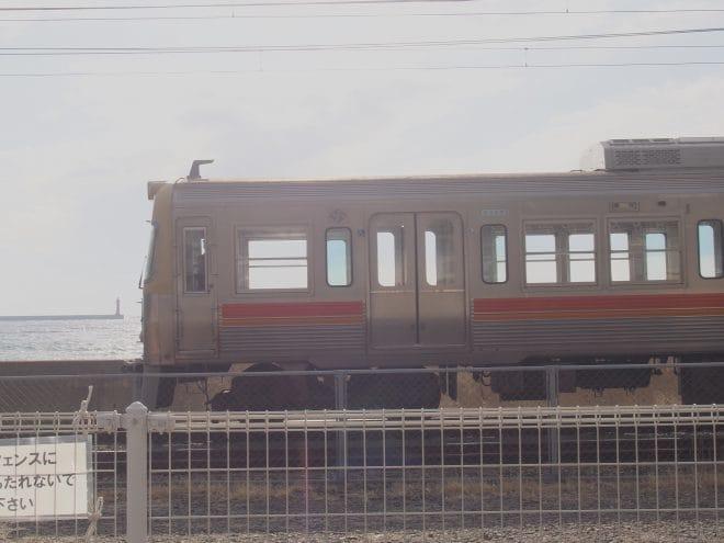 梅津寺駅3