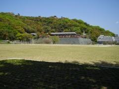 松山城やすらぎ広場1
