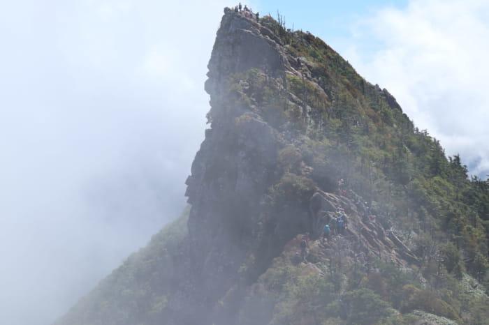 霧の石鎚山