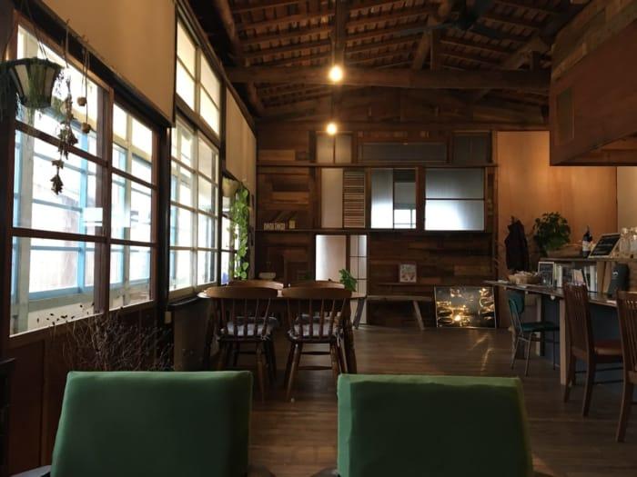 bookcafeokappa店内