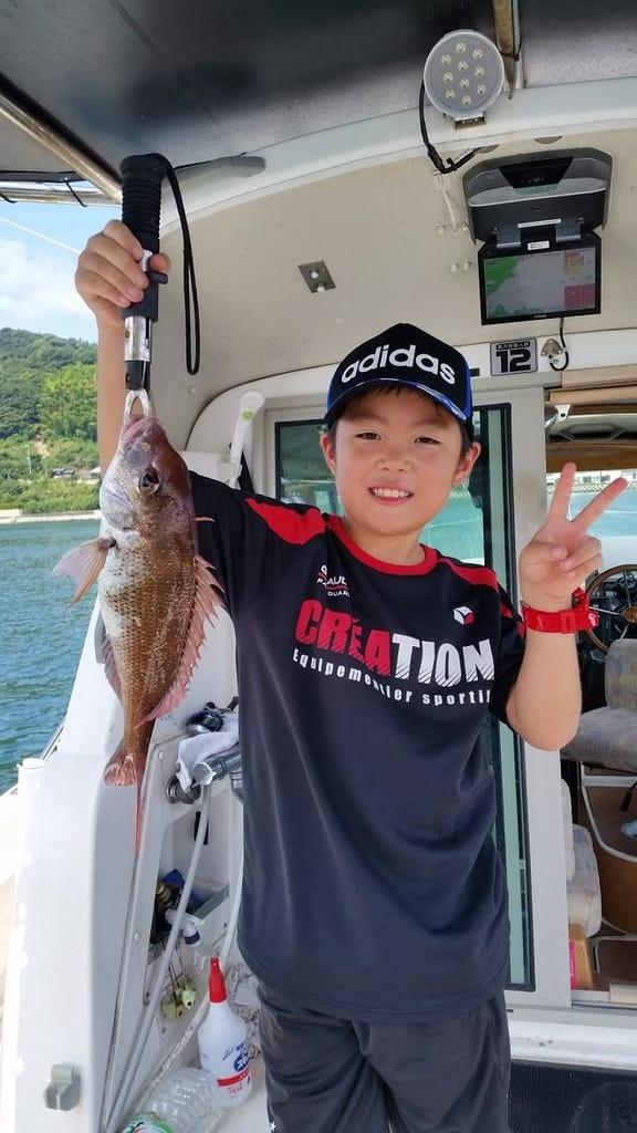 活魚・民宿よし正遊漁船体験
