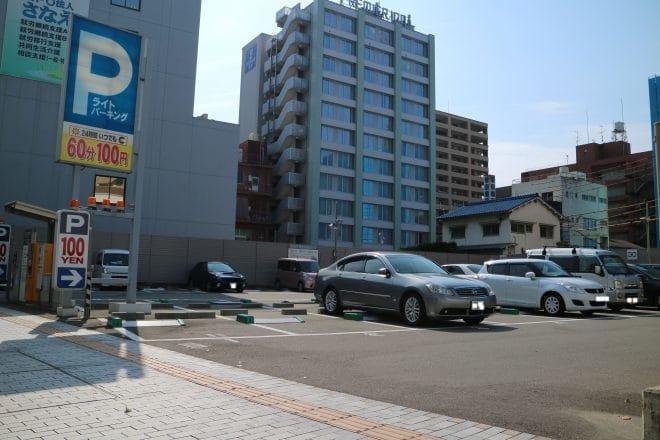ライトパーク駐車場