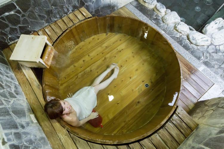 ていれぎの湯樽風呂