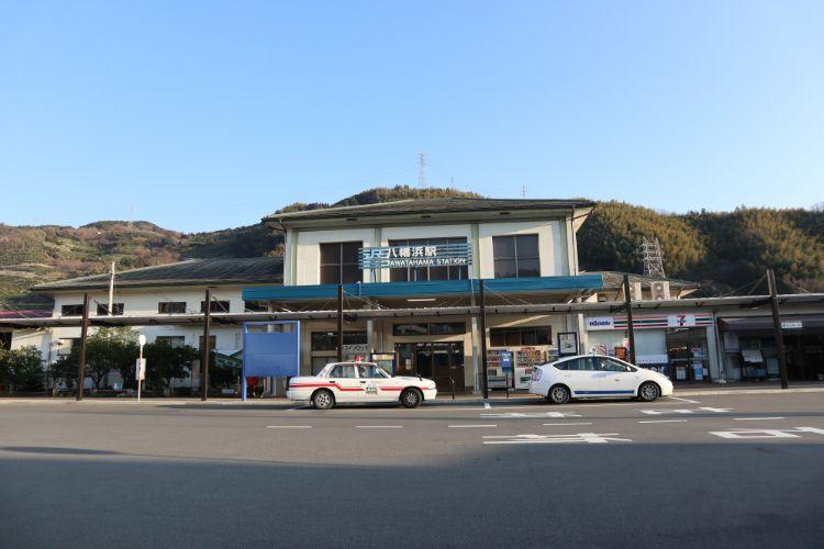 ぼぬーる 八幡浜駅